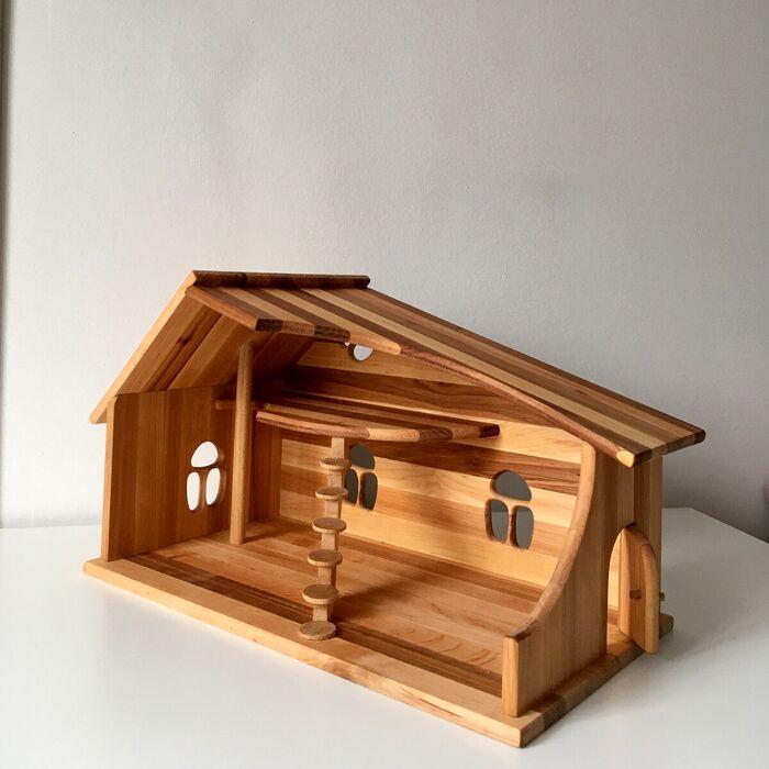 Кукольный домик с мебелью из натурального дерева. Домик для Сильвани.